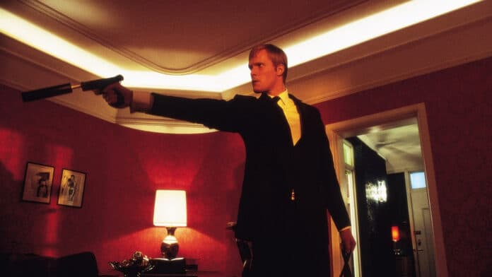 Gangster n° 1 recensione film di Paul McGuigan con Malcolm McDowell