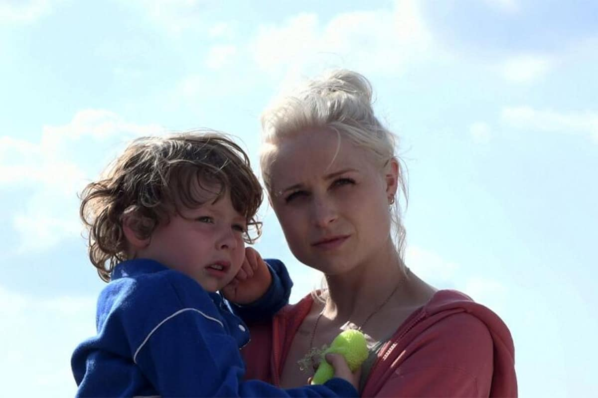 Kiljan Moroney e Niamh Algar