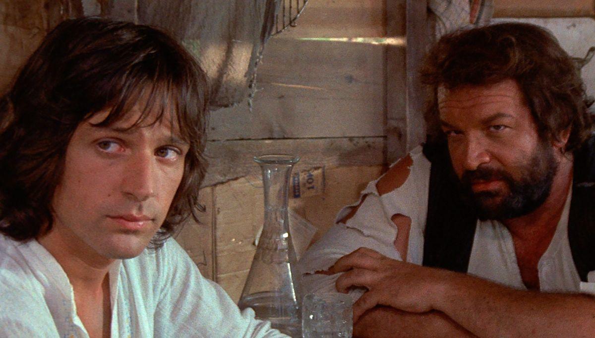 Michael Brandon e Bud Spencer in Quattro mosche di velluto grigio