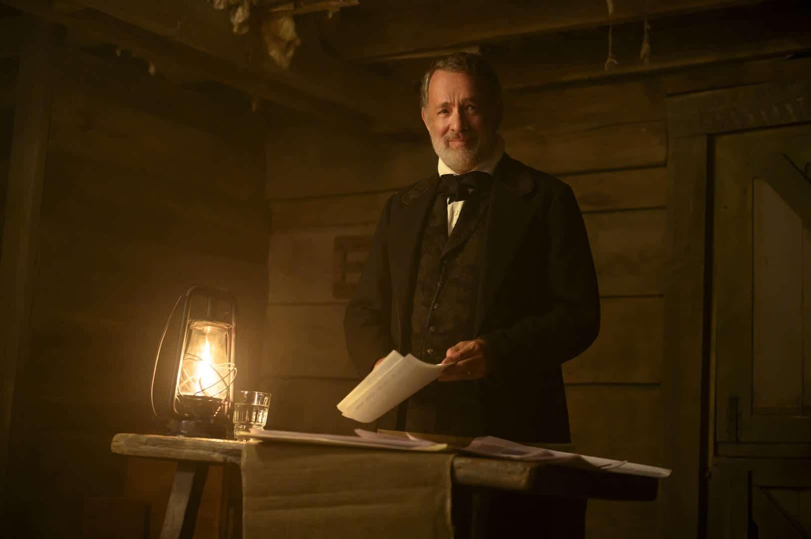 Tom Hanks è il capirano Jefferson Kyle Kidd in Notizie dal mondo