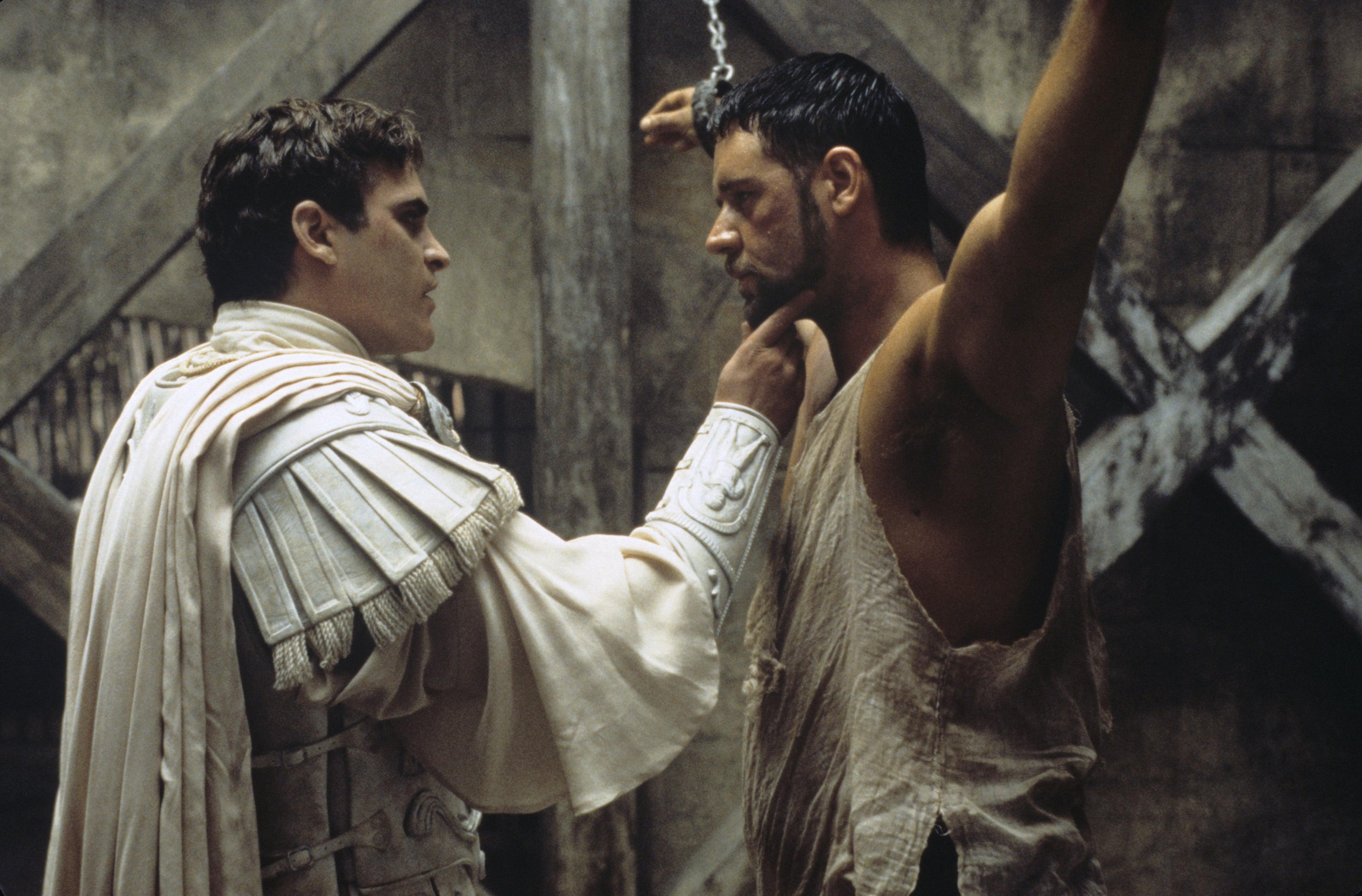 Joaquin Phoenix e Russell Crowe