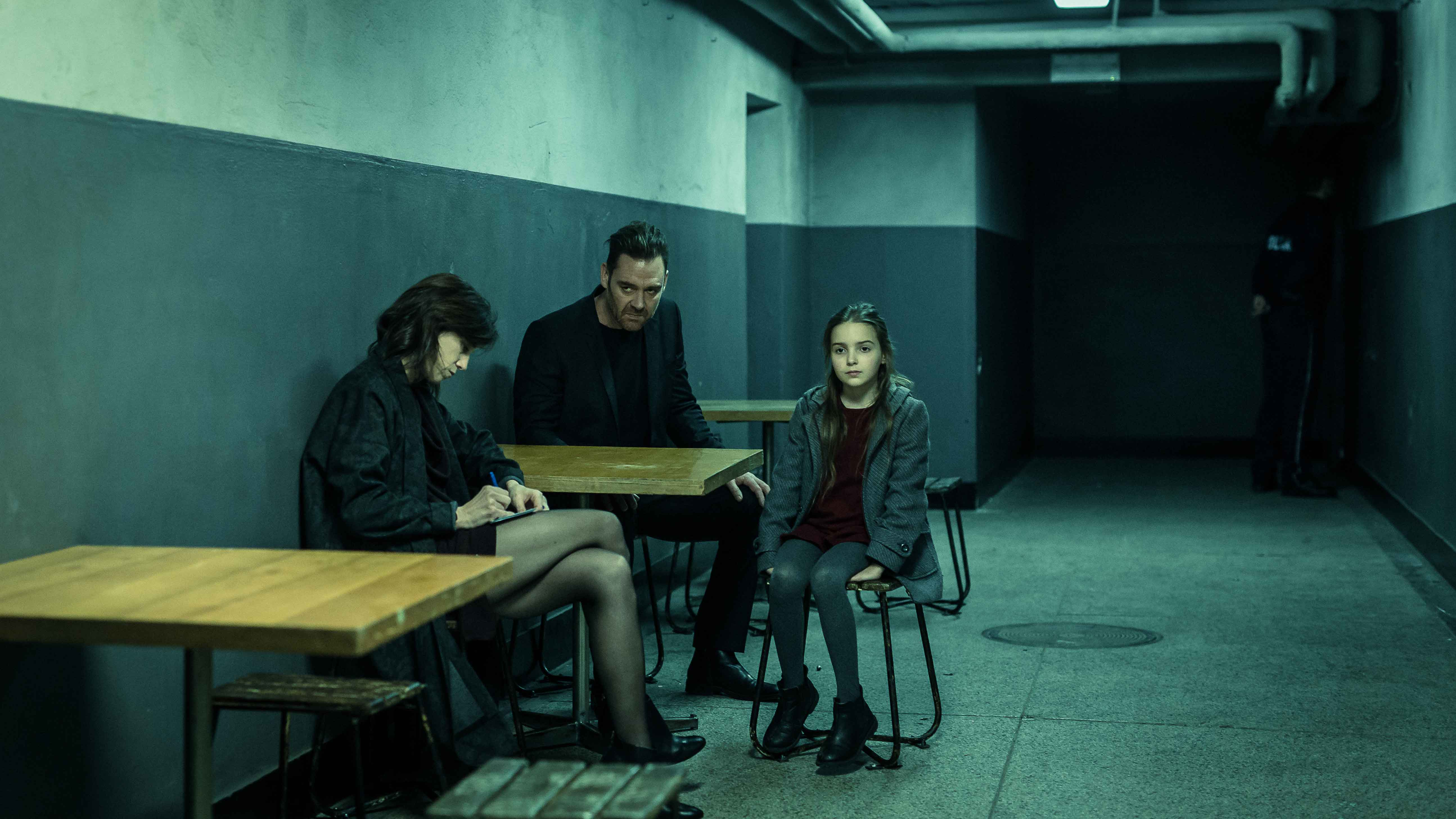 Dark Crimes recensione film con Jim Carrey e Charlotte Gainsbourg