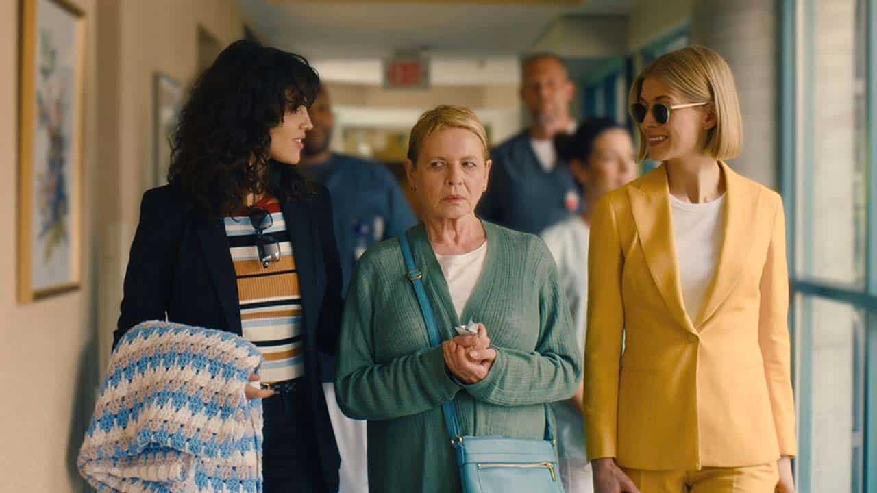 Eiza González, Dianne Wiest e Rosamund Pike