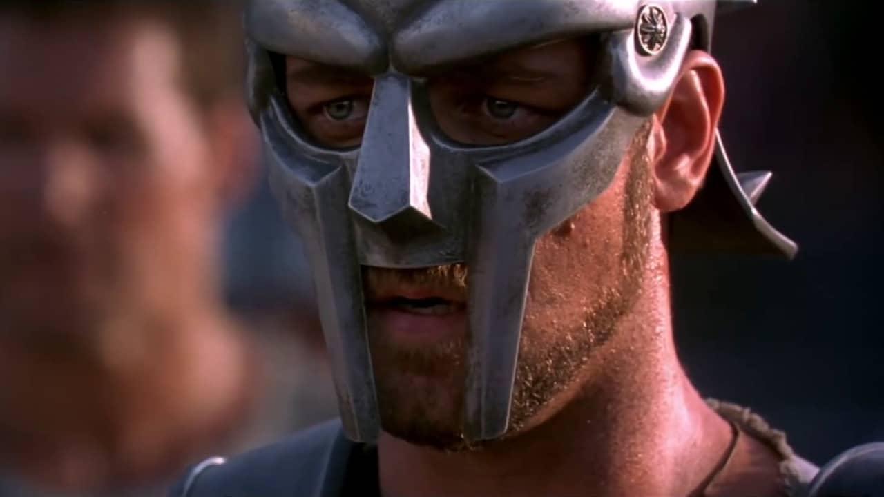 Russell Crowe è Il Gladiatore
