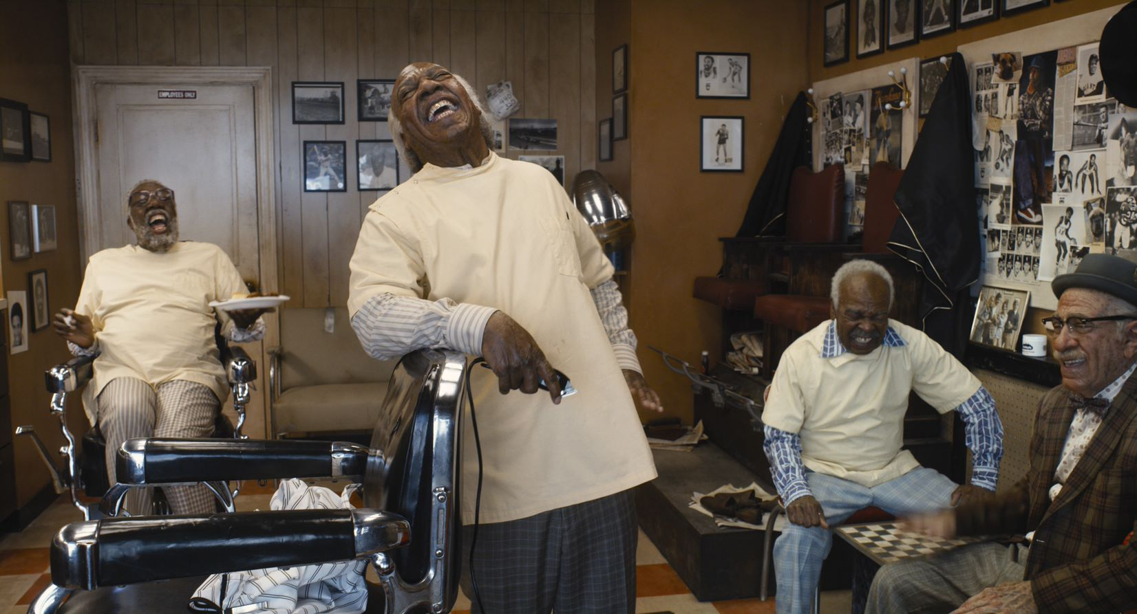 Eddie Murphy, Arsenio Hall e i loro irresistibili personaggi del barbiere di quartiere