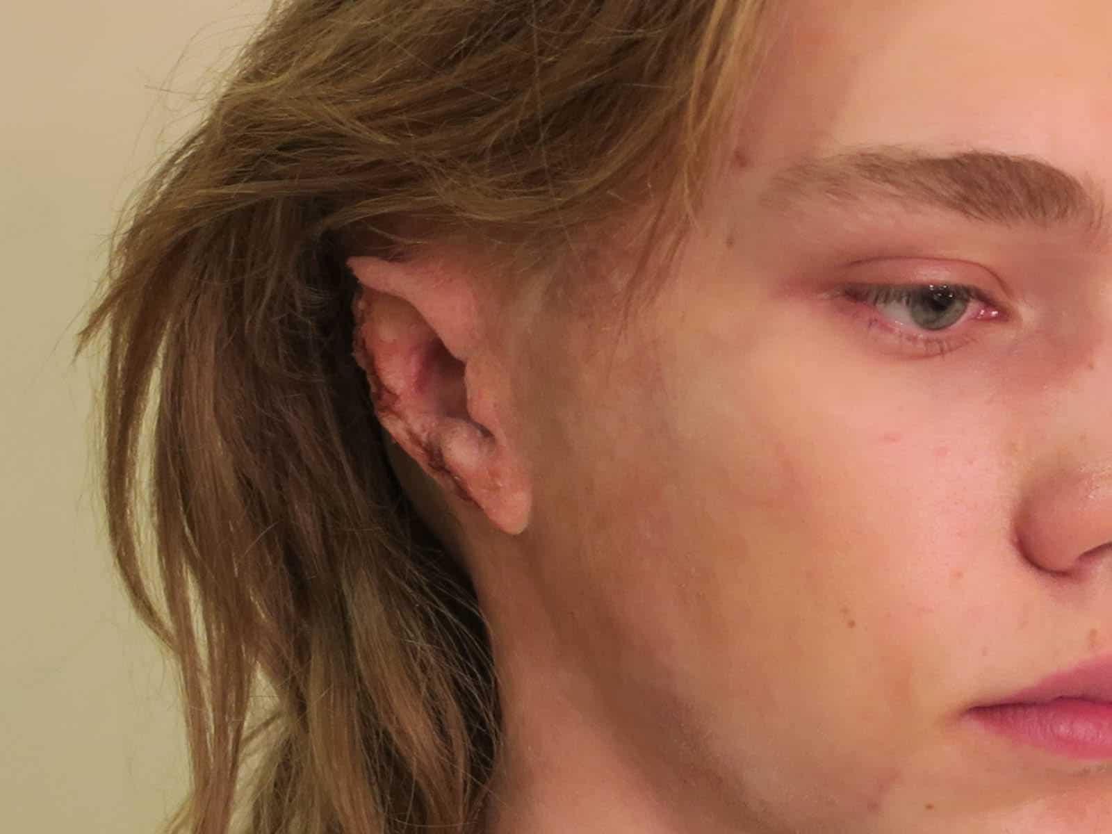 Il prosthetic makeup di Charlie Plummer in Tutti i soldi del mondo di Ridley Scott