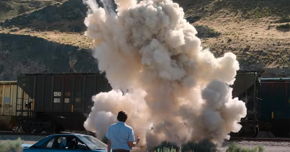 L'esplosione causata da un ordigno rudimentale