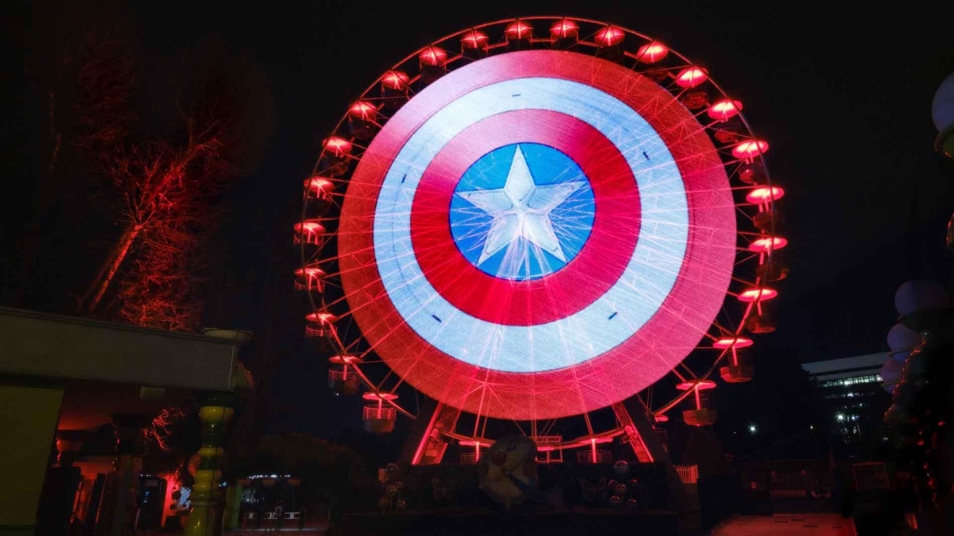 Lo scudo di Captain America appare a Roma