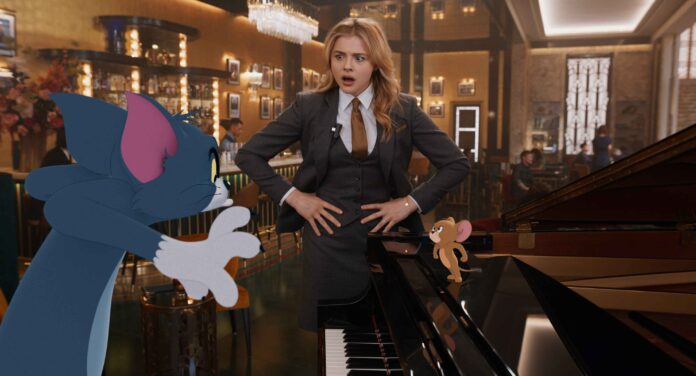 Tom & Jerry recensione film di Tim Story con Chloë Grace Moretz