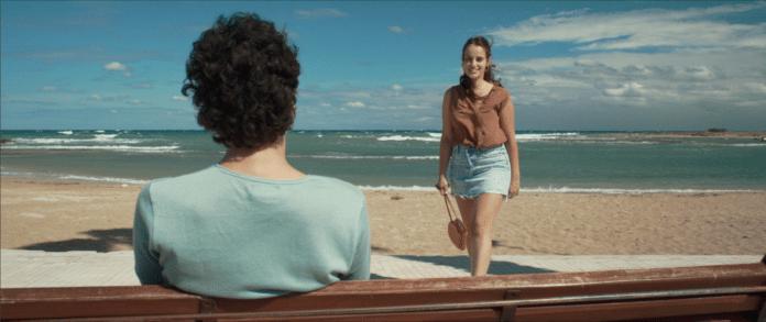 Di notte, sul mare recensione film di Francesca Schirru con Angela Curri