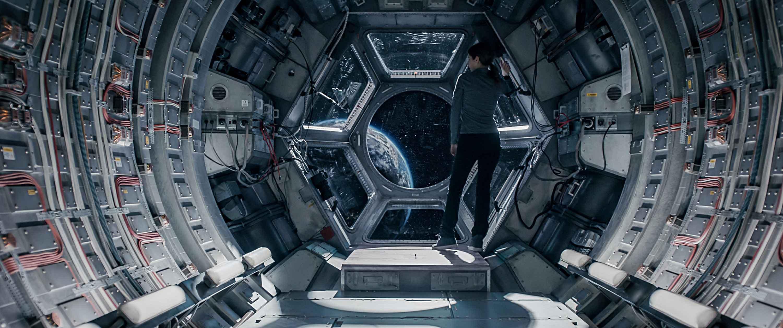 Estraneo a bordo recensione film Netflix con Anna Kendrick