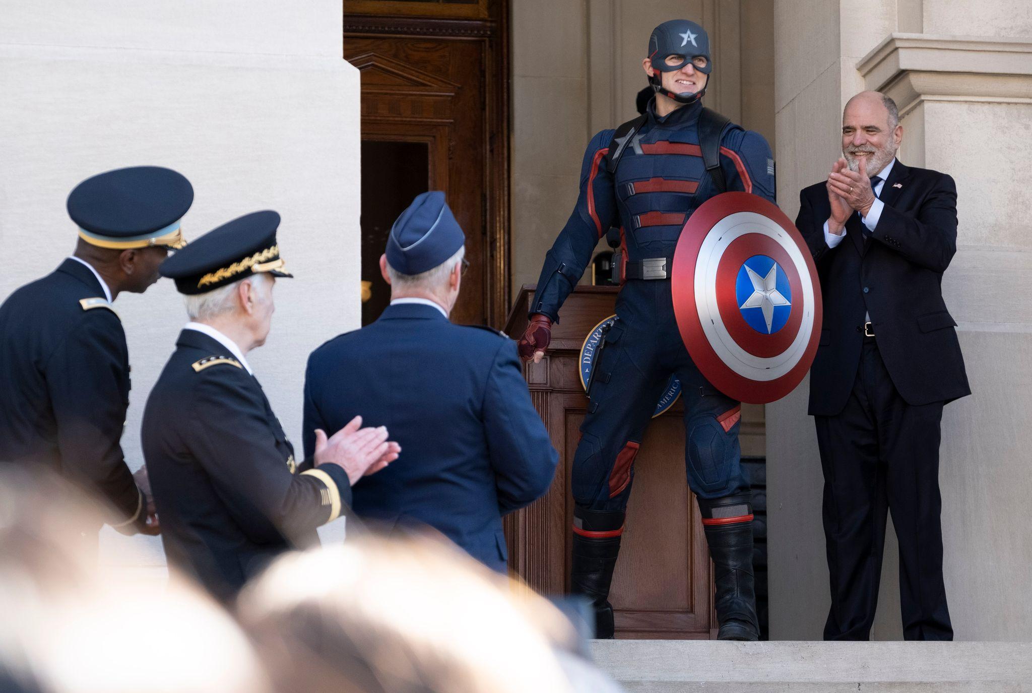 Wyatt Russell, il Captain America governativo