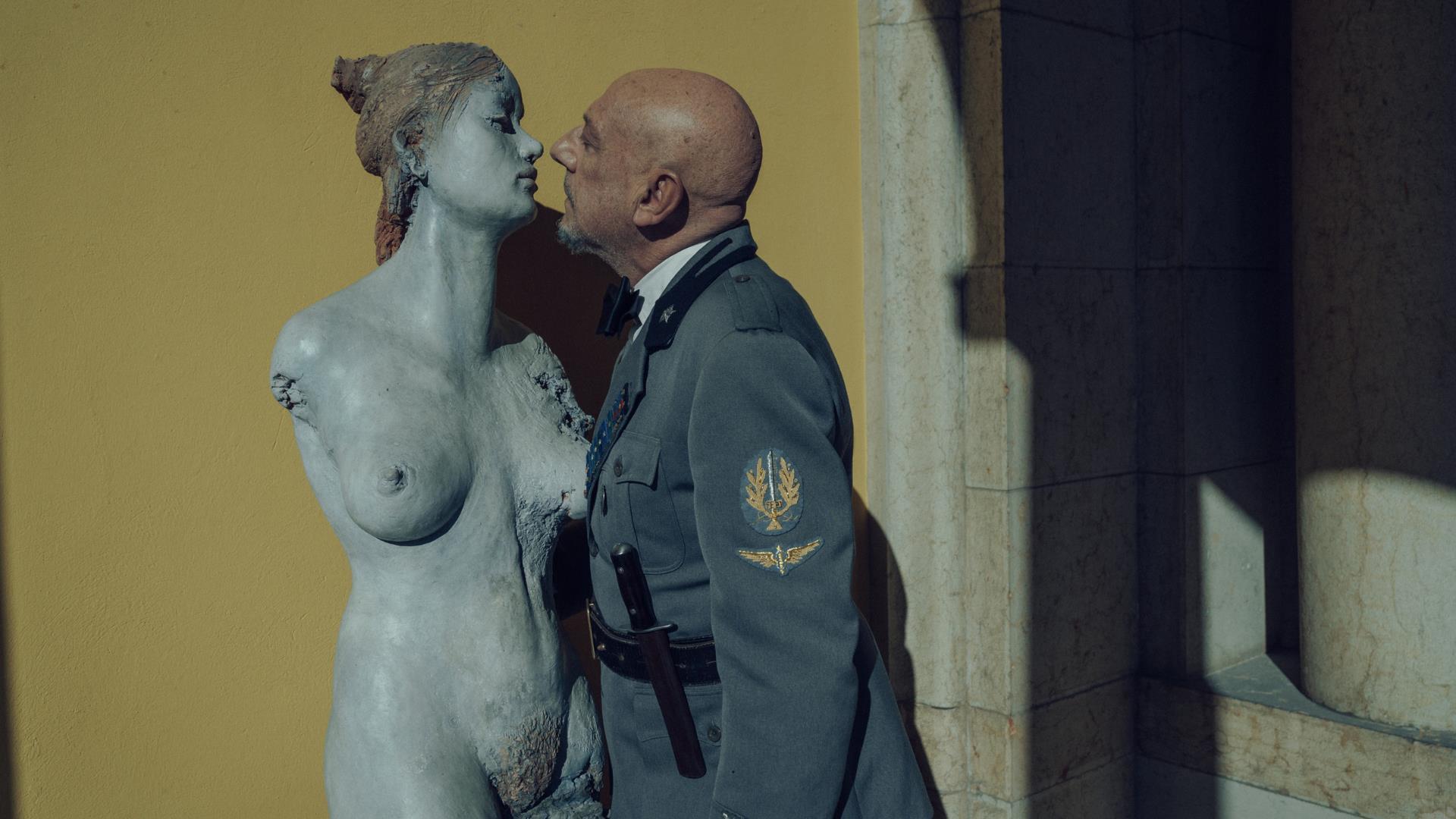 Sergio Castellitto è Gabriele D'Annunzio