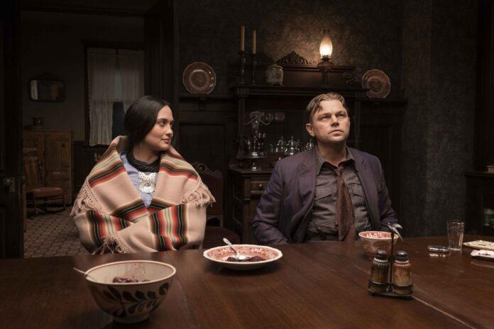 Killers of the Flower Moon: prima foto con Leonardo DiCaprio e Lily Gladstone