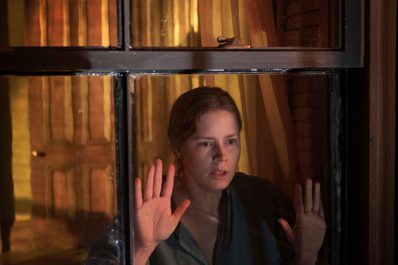 Amy Adams è La donna alla finestra