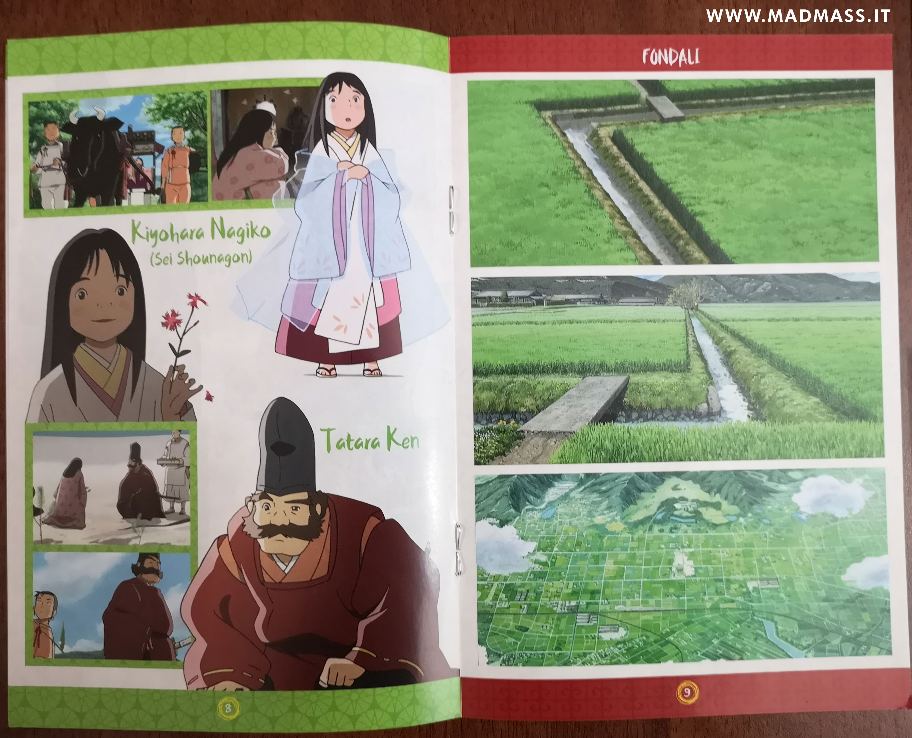 Il booklet a colori di 16 pagine