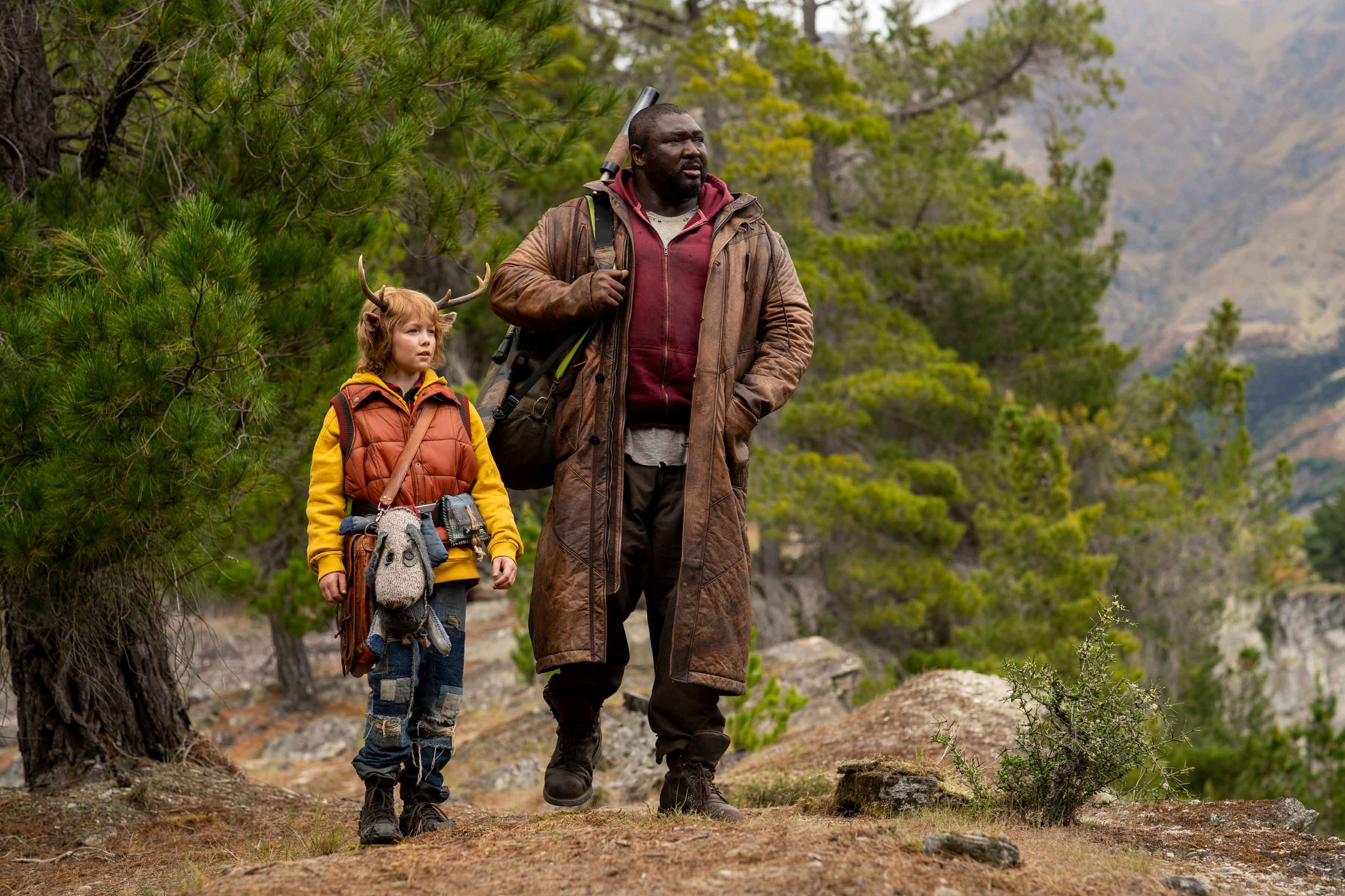 Sweet Tooth recensione serie TV Netflix con Christian Convery e Nonso Anozie