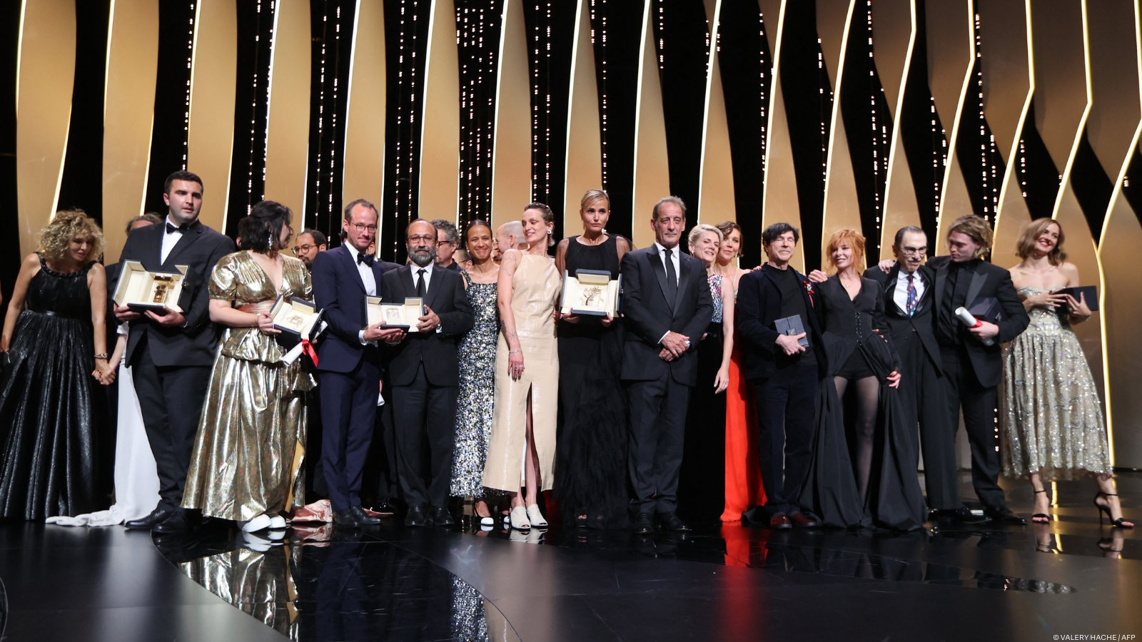 Festival di Cannes 2021 vincitori: Titane Julia Ducournau vince Palma d'oro