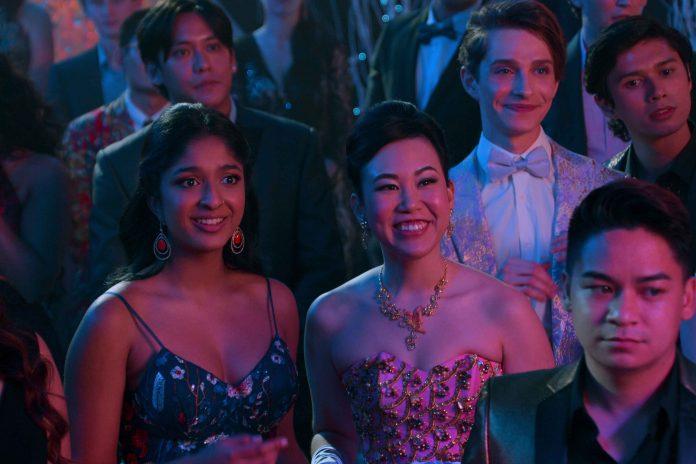 Non ho mai 2 recensione serie TV Netflix di Mindy Kaling con Maitreyi Ramakrishnan