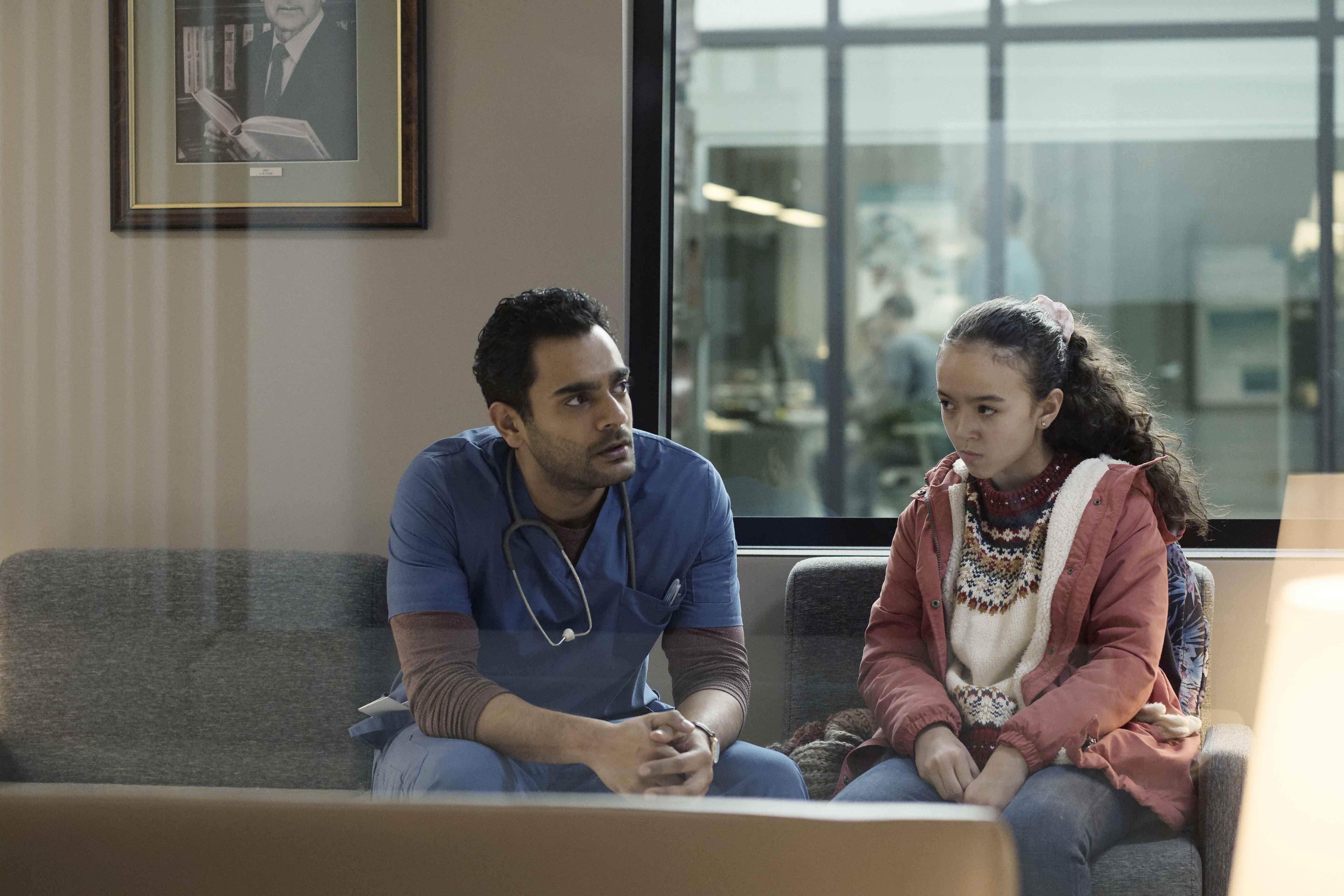 Transplant recensione serie TV Sky di Joseph Kay con Hamza Haq
