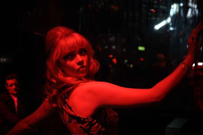 Ultima notte a Soho recensione film di Edgar Wright con Anya Taylor-Joy e Thomasin McKenzie