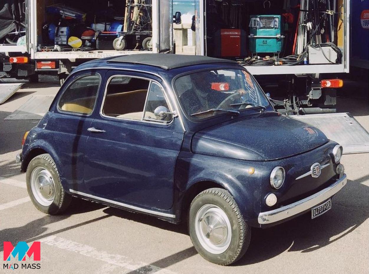Fiat Nuova 500 tra le auto d'epoca che appariranno in Indiana Jones 5