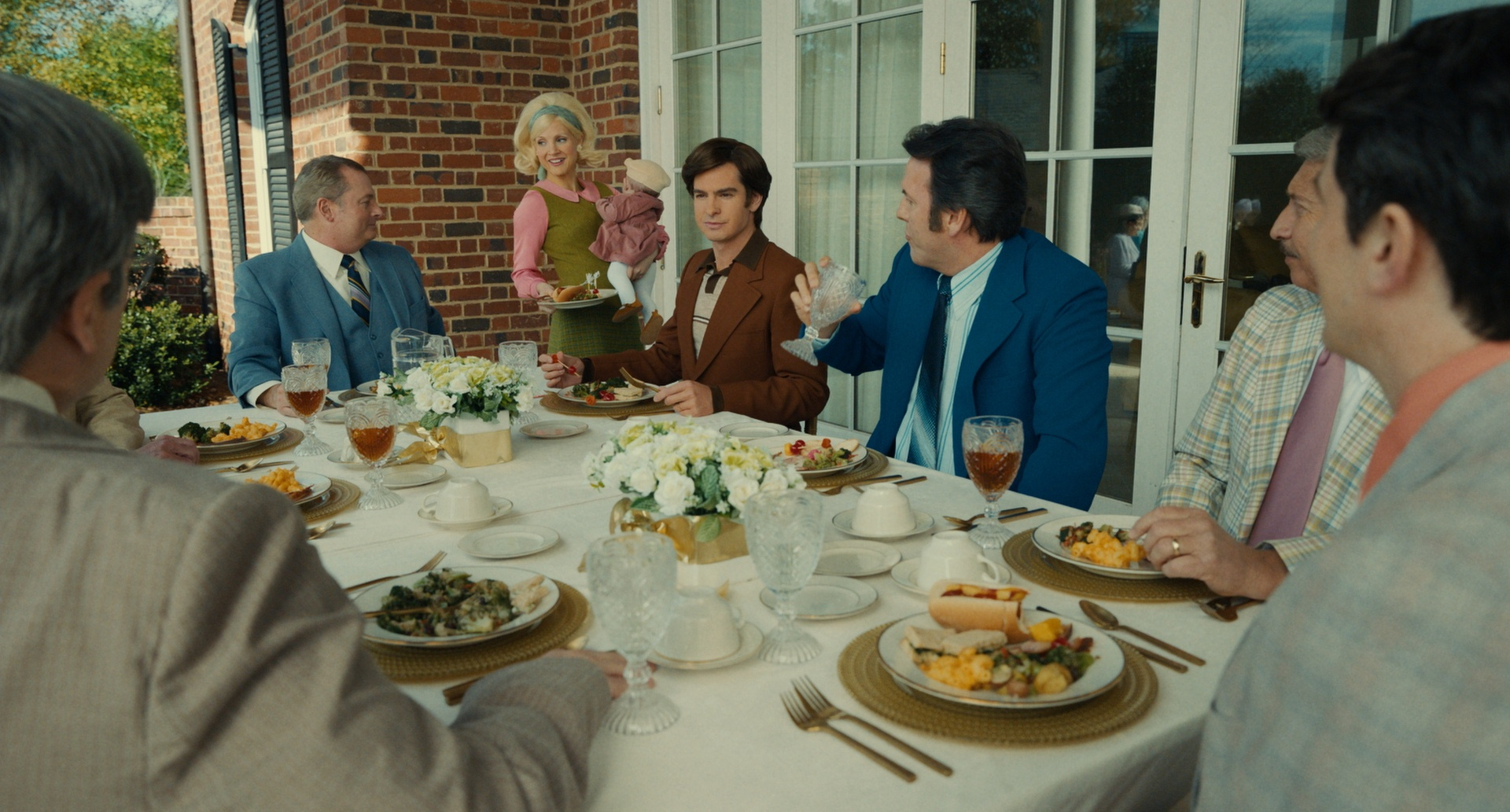 The Eyes of Tammy Faye recensione film con Jessica Chastain e Andrew Garfield